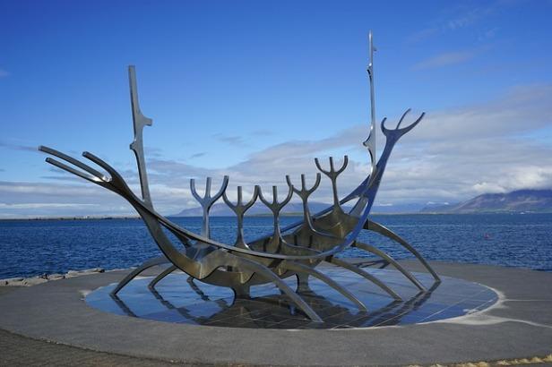 reykjavik-892480_640
